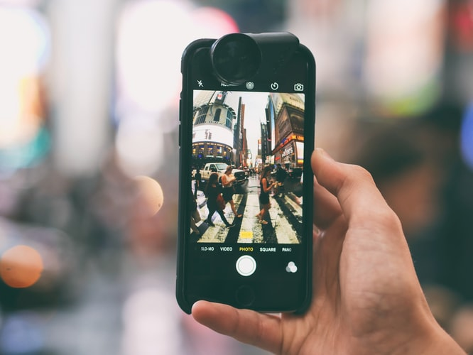 Future Bright - how to get images from your iphone to your website fast.